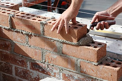The inner leaf of the cavity wall can be built up to ground level,once the foundations are competed.